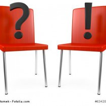 Zwischen 2 Stühlen